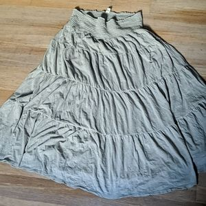 Gray tiered maxi beach skirt Old Navy XL comfy